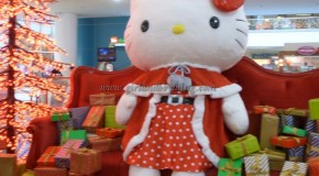 Have a Hello Kitty Christmas At SM City North Edsa