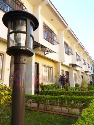 Baguio Holiday Villa court Girlandboything 13