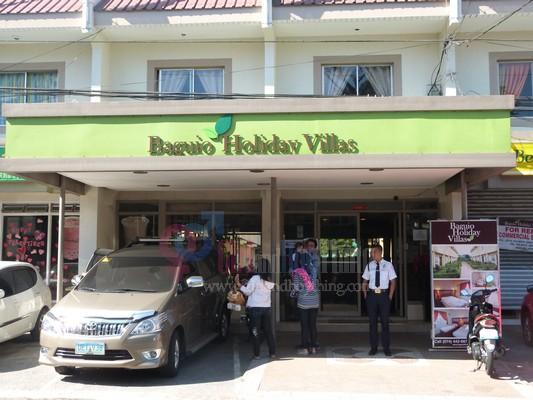Baguio Holiday Villa court Girlandboything 5