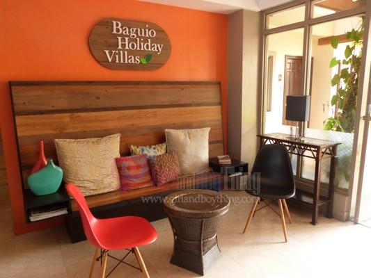 Baguio Holiday Villa court Girlandboything 8