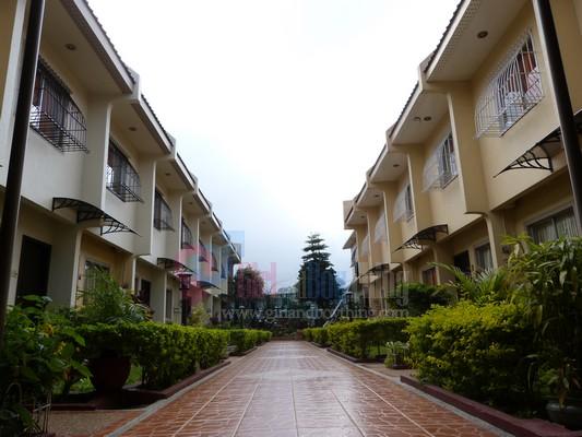 Baguio Holiday Villa court Girlandboything 9