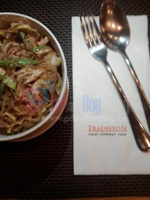 mongolian buffet tradisyon Girlandboything10