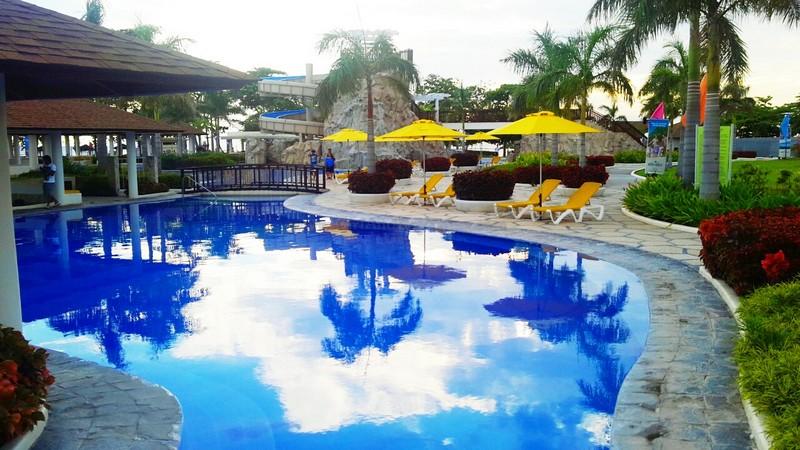 Aquaria Beach Resort27