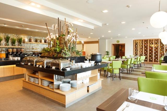 mesclun-restaurant-the-linden-suites