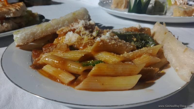 Foodies @ the Hub by k lite 8